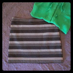 Ann Taylor Loft skirt Size 14 black & white
